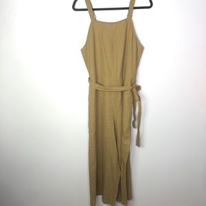 Mossimo Size Medium Tan Jumpsuit Tie Waist ZIP Up